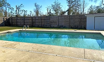 Pool, 529 Tracey Dr, 1