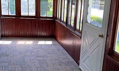 Patio / Deck, 845 E 230th St, 1