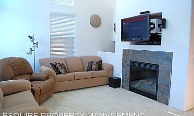 Living Room, 549 E Port Hueneme Rd, 1