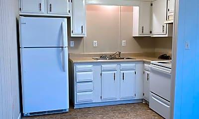 Kitchen, 1400 Iris Cir, 0