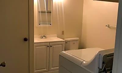Bathroom, 1803 Sycamore Ln, 2