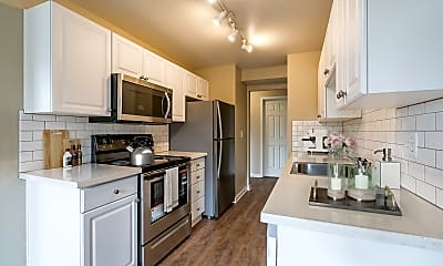 Kitchen, Monterey at Lake View Drive, 1