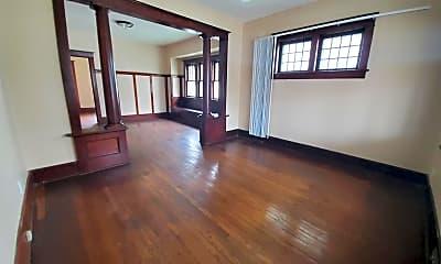 Living Room, 4121 N 18th St, 1