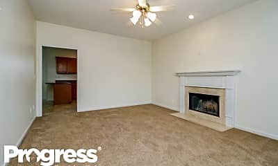 Living Room, 1116 Shire Dr, 1