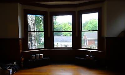 Living Room, 220 Graham St, 2