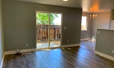 Living Room, 3903 Village Dr, 1