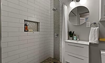 Bathroom, 14724 S Inglewood Ave, 1