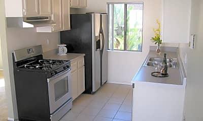 Kitchen, 128 Avenida Las Brisas, 1