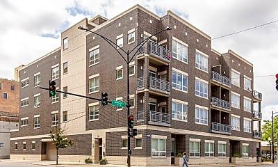 Building, 1002 W Van Buren St 401, 0