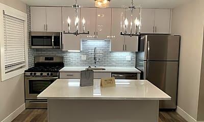 Kitchen, 550 S. Clay, 0