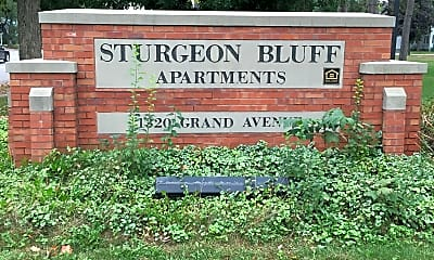 Sturgeon Bluff Apartments, 1