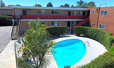 Pool, 925 Pomeroy Ave, 0
