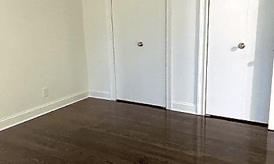 Bedroom, 114 Grove St, 1