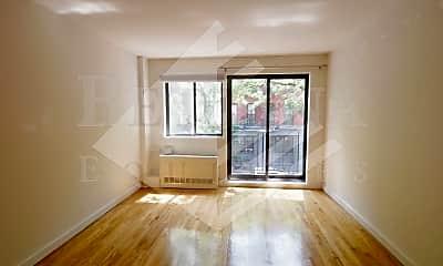 Living Room, 158 E 85th St, 1