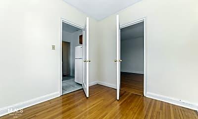 Living Room, 3300 Netherland Ave 6-J, 1