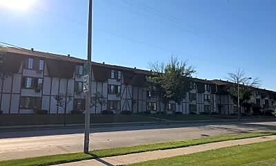 Euclid Arms Apartments, 0