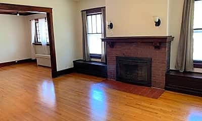 Living Room, 419 E Canedy St, 0