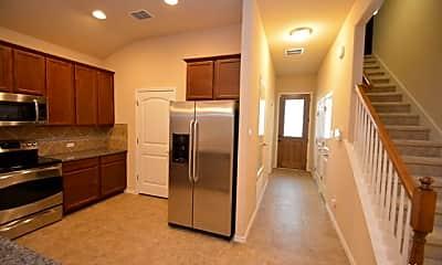 Kitchen, 3735 Ox-Eye Daisy, 1