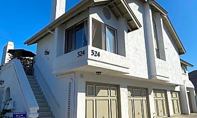 Building, 524 Via De La Valle, 2