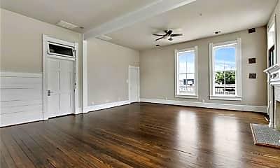 Living Room, 202 N LBJ Dr 207, 0