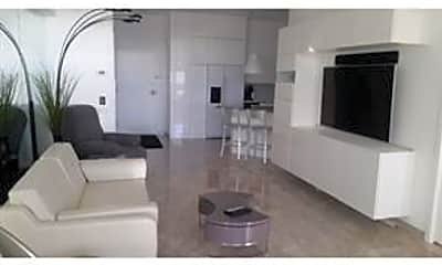 Kitchen, 3 N Christopher Columbus Blvd PL270, 1