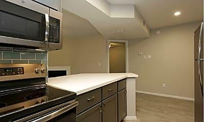 Kitchen, Aria on Mill, 1