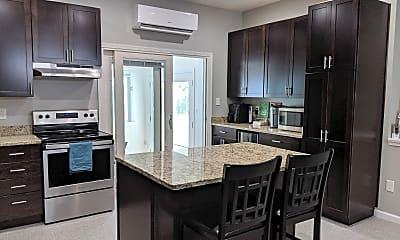 Kitchen, 1401 Bragg Rd, 1