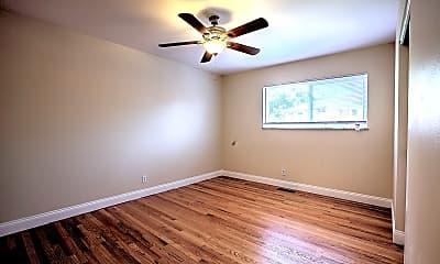 Bedroom, 929 Brookside Ave, 1