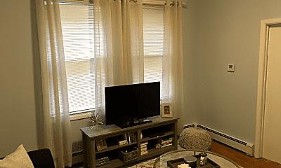 Living Room, 149 Nicoll St, 1