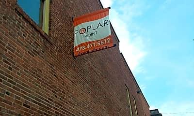 Poplar Pointe, 1