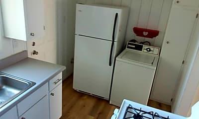 Kitchen, 538 N 16th St, 1