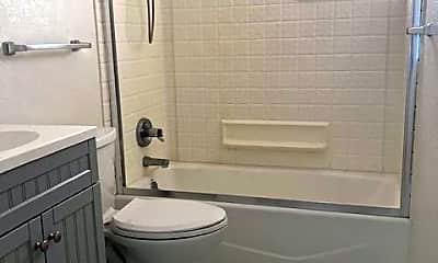 Bathroom, 2045 S Josephine St, 2