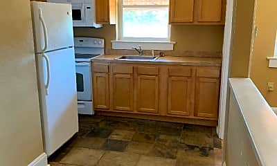 Kitchen, 1039 Hamilton St, 1