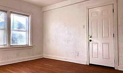 Bedroom, 5001 Tholozan Ave, 0