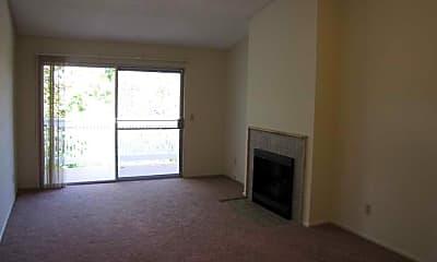 Stoneridge Condominiums, 2