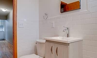 Bathroom, 3124 29th Ave S, 2