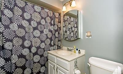 Bathroom, 5854 N Kenmore Ave, 0