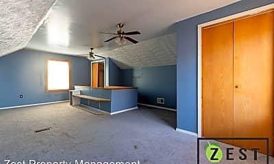 Living Room, 16533 Whitcomb, 2