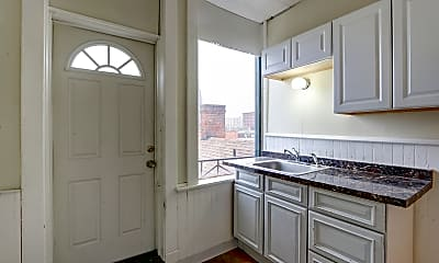Kitchen, Carriage House Square, 0