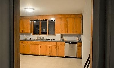 Kitchen, 13 Sheridan St, 2