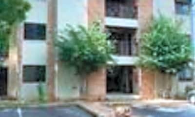 Building, 421 W San Antonio St D5, 0