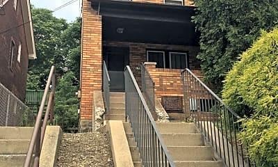 Building, 178 Hallock St, 0