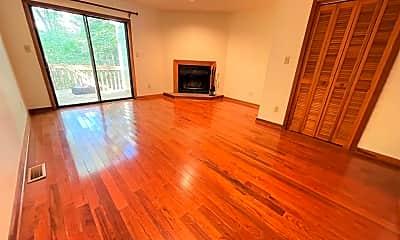 Living Room, 106 Cedarwood Ln, 0