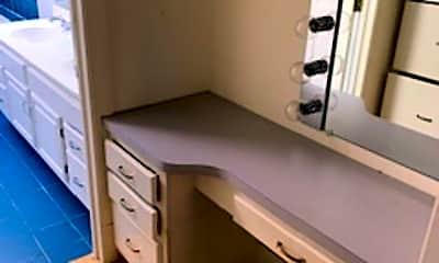 Patio / Deck, 11017 Cedar Ln, 2