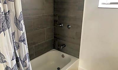 Bathroom, 212 NW 11th St, 2