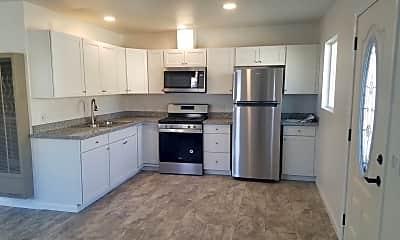 Kitchen, 915 S Clementine St, 0