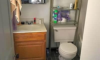 Bathroom, 133 N 4th St, 2