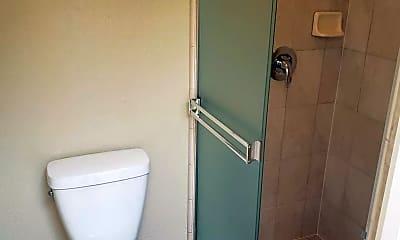 Bathroom, 433 Roberts Rd, 2