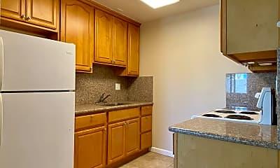 Kitchen, 460 S 4th St, 1