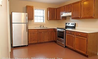 Kitchen, 195 Fitchville Rd, 1